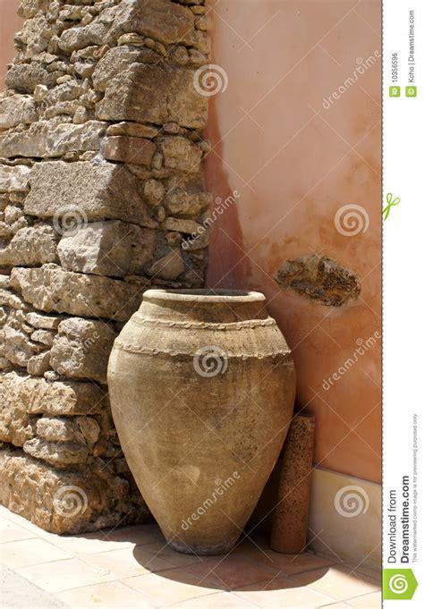 vaso di terracotta vaso di terracotta immagine stock libera da diritti