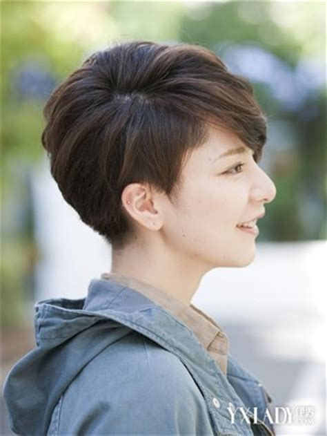 【图】女生帅气短发造型 2015年最新女生流行短发发型_diy发型_美容 伊秀女性网|yxlady.com