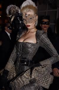 what to wear for halloween with a masquerade mask 8 ways to wear makeup inside masquerade masks makeup