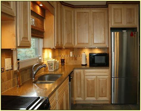 oak kitchen cabinets paint color