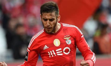 eduardo salvio liverpool on alert for eduardo salvio as benfica lower his