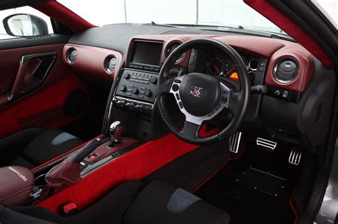 gtr nismo interior autos post