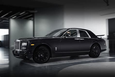 rolls royce project cullinan rolls royce s first suv project cullinan starts testing