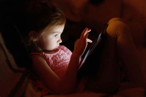 is working out before bed bad why screen time before bed is bad for children