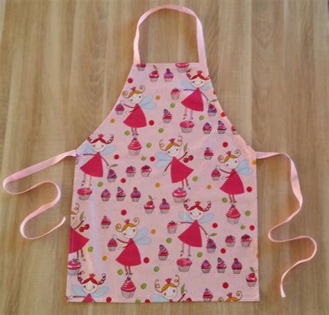 cuisine enfant 25 best ideas about tablier de cuisine enfant on