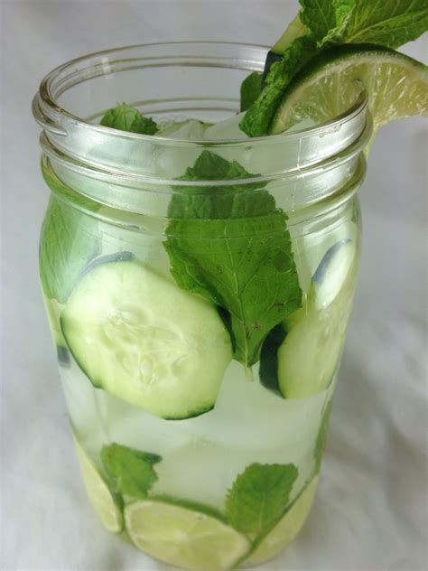 Water Infused Detox Drinks by Refreshing Detox Lime Cucumber Mint Water