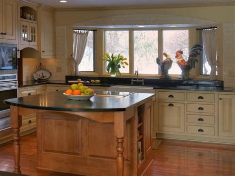 natural materials create farmhouse kitchen design hgtv 17 best ideas about country kitchen layouts on pinterest