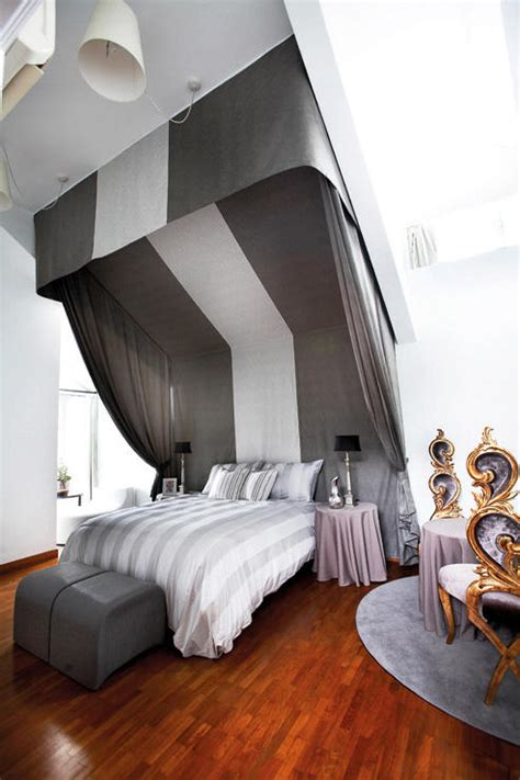 ways    dramatic boutique hotel room