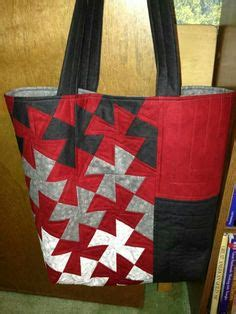 my newest patternthe twister tote around the bobbin 1000 images about quilts lil twister patterns on