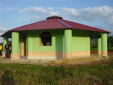bottle house eco friendly houses plastic bottle house