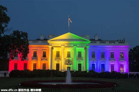 White House Homepage White House Lit In Rainbow Colors After Historic Ruling 1