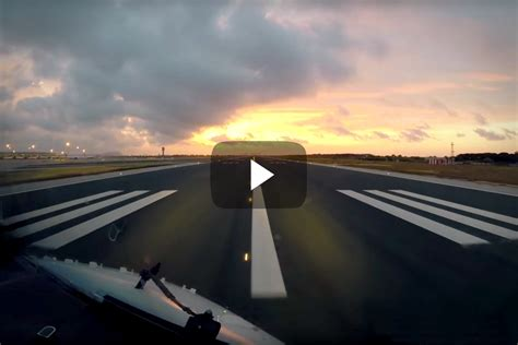 a day in the of an airline pilot books a day in the of an airline pilot boldmethod