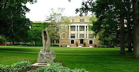 Bowling Green State Mba by Top 10 Colleges For An Degree Near Cleveland Ohio