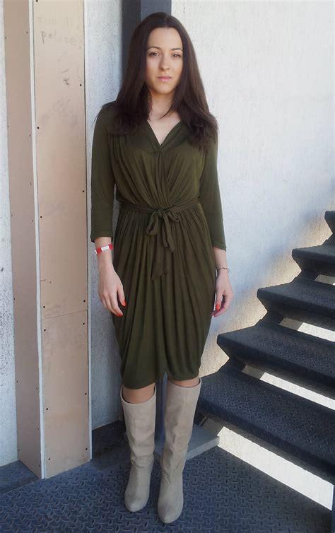 irina letitia axara wrap dress smiling shoes beige