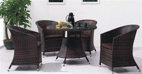 How To Clean Rattan Furniture Ehow Uk How To Clean Wicker Patio Furniture