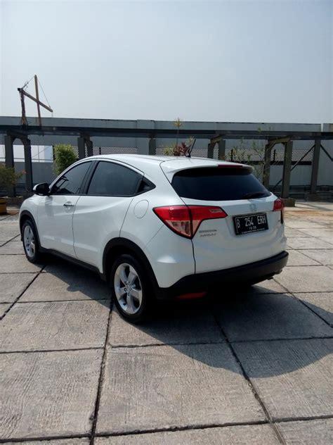 Mobil Honda Hrv 1 5 E Cvt hr v honda hrv 1 5 e cvt matic 2015 putih km 20 rban