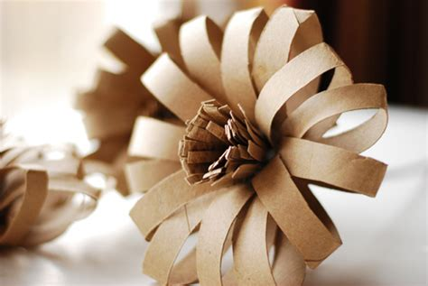 How To Make Flowers Out Of Wrapping Paper - diy paper flowers