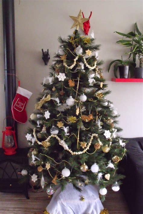 Decoration De Sapin De Noel by Lili Joue Maman Bricole 1 Er Decembre Deco Sapin De Noel