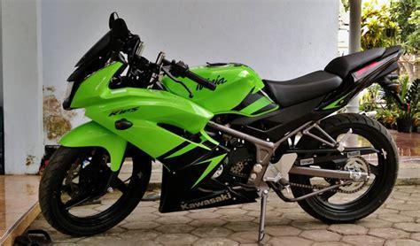 Modifikasi Vespa Ban Ukuran 17 by Harga Dan Spesifikasi New Kawasaki 150 Rr Autogaya