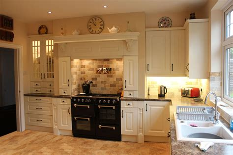 Cabinets Kitchen Design by Traditional Cream Kitchen Hallmark Kitchen Designs