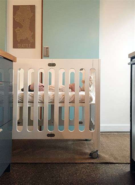 baby cries when put in crib small space living with two chezerbey