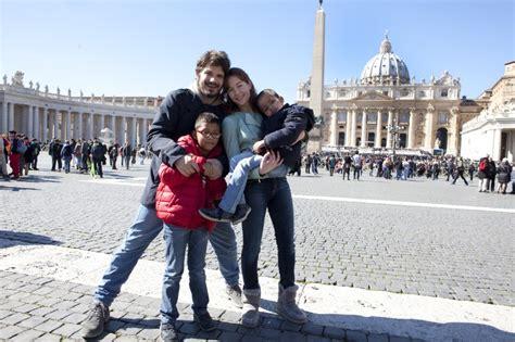 la poltrona papa quot la poltrona papa quot i protagonisti regalo