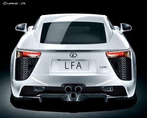 Toyota Luxury Brand Toyota To Launch Luxury Brand Lexus In India In 2013