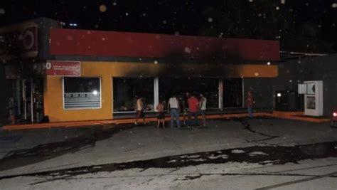 cadena comercial oxxo monterrey oxxo sale de apatzing 225 n tras incendio de 4 sucursales