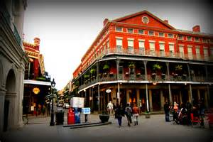 buildings of the quarter in new orleans with