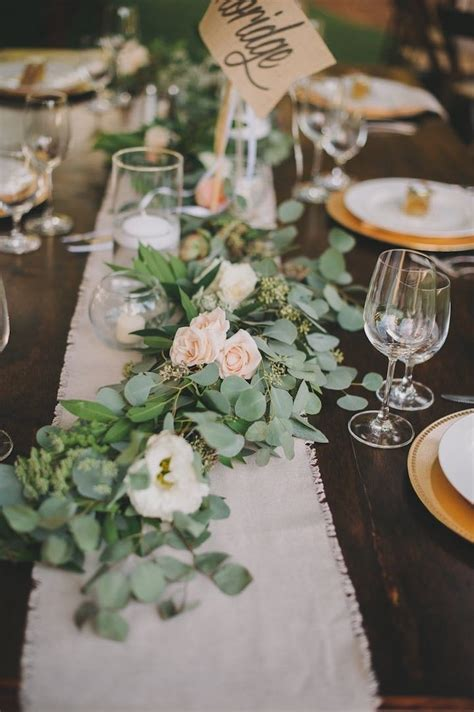 Simple Wedding Table Decorations 25 Best Ideas About Rustic Centerpieces On Country Wedding Decorations Simple