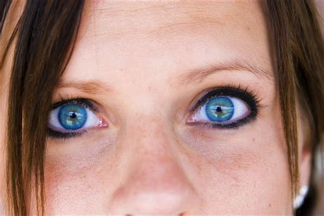 contacts that enhance your eye color   ehow uk