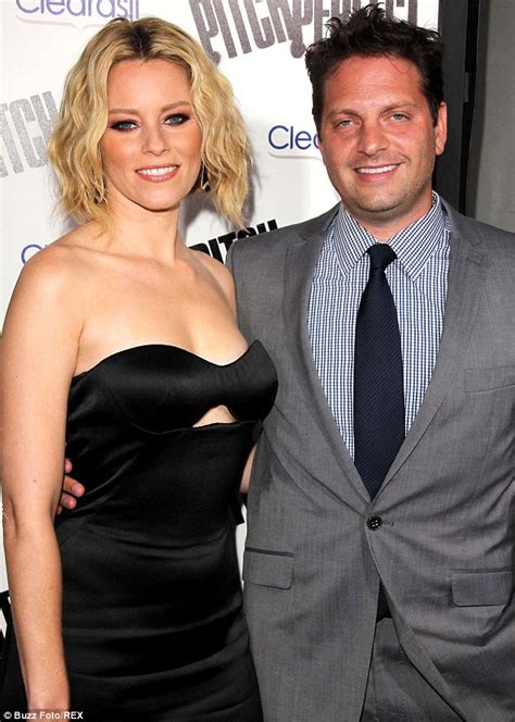 elizabeth banks husband photo elizabeth banks sued by writer who claims she stole his