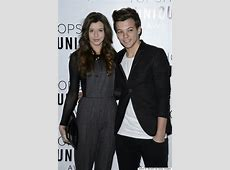 Louis Tomlinson Confirms Split From Girlfriend Eleanor ... Louis With Eleanor