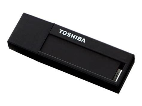 toshiba 32gb transmemory u302 usb 3 0 flash drive black ebuyer