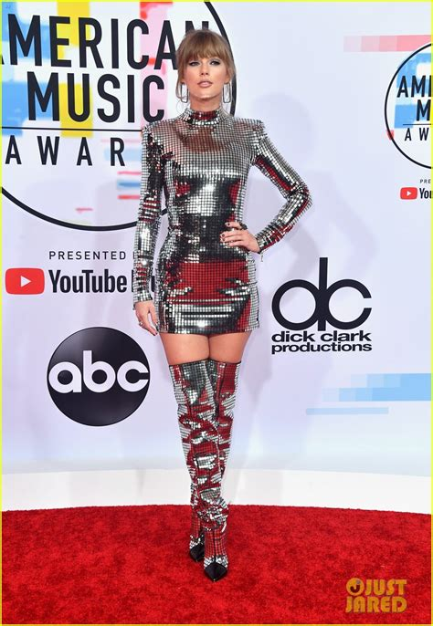 taylor swift ama awards 2018 youtube taylor swift wears disco ball inspired dress boots to