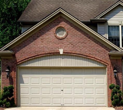 3 door garage mainely vinyl 187 garage doors operators