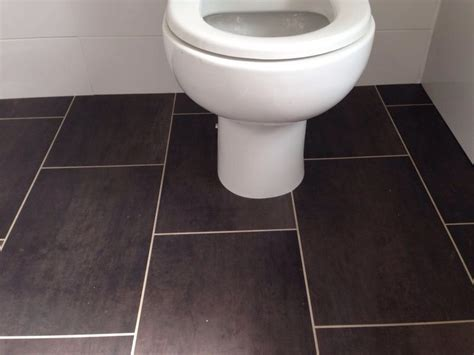 Vinyl Bathroom Flooring   Big Lady Sex
