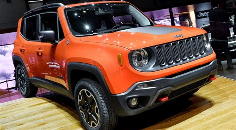 jeep renegade 2014 jeep renegade 2014 first official pictures by car magazine