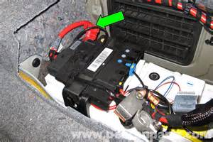 e93 battery location get free image about wiring diagram