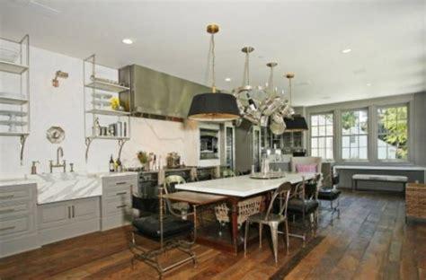 foodista celebrity kitchens gwyneth paltrow  chris