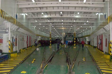 ufficio provinciale lavoro napoli servizio bar traghetti rfi evitati licenziamenti