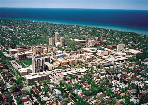 Uw Milwaukee Mba by 1000 Images About Big Ten Conference On