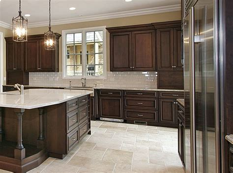 Kitchen Paint Ideas With Brown Cabinets Best 25 Brown Cabinets Kitchen Ideas On Brown Kitchen Paint Inspiration Brown