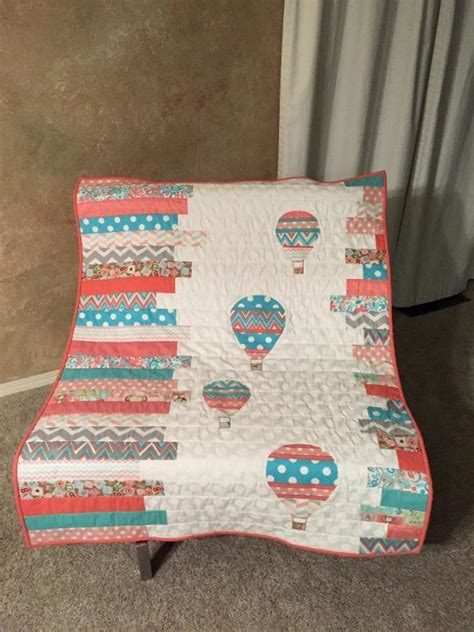 quilt pattern hot air balloon you have to see hot air balloons baby quilt by terri saunders