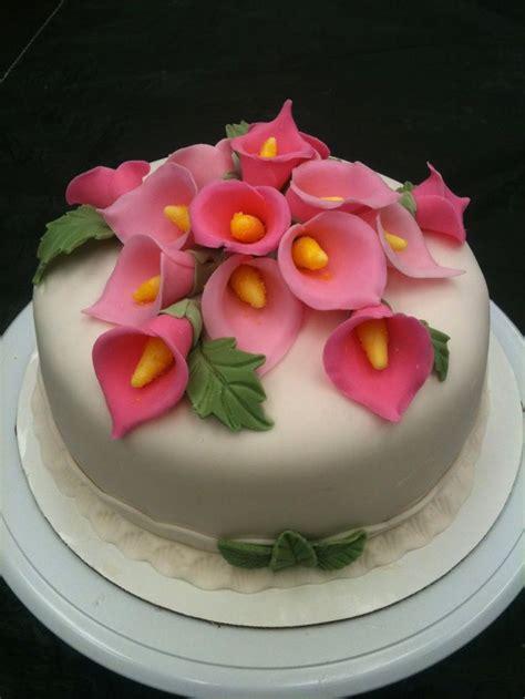 Cake Decorating Fondant Flowers by Wilton Decorating Ideas With Fondant And Gumpaste
