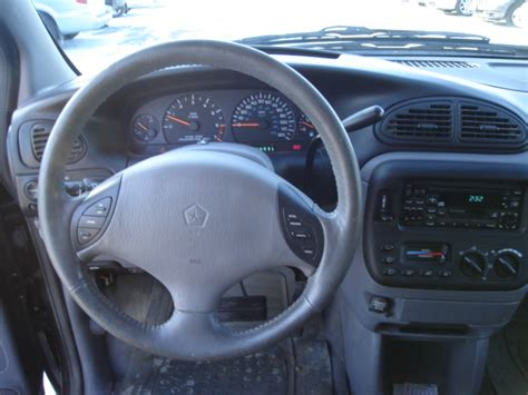 2000 Dodge Caravan Interior by 2000 Dodge Grand Caravan Pictures Cargurus