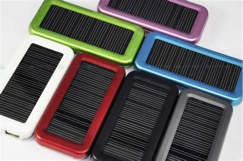 solar power phone chargers 8 of the best solar cellphone chargers solarfeeds
