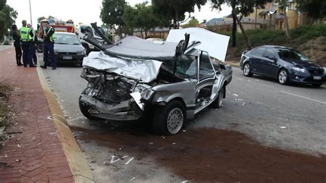 perth news car crash car crash perth car crash news