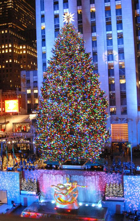ny breaking news rockefeller center christmas tree lights