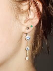 one ear earring file navel curve as earring jpg